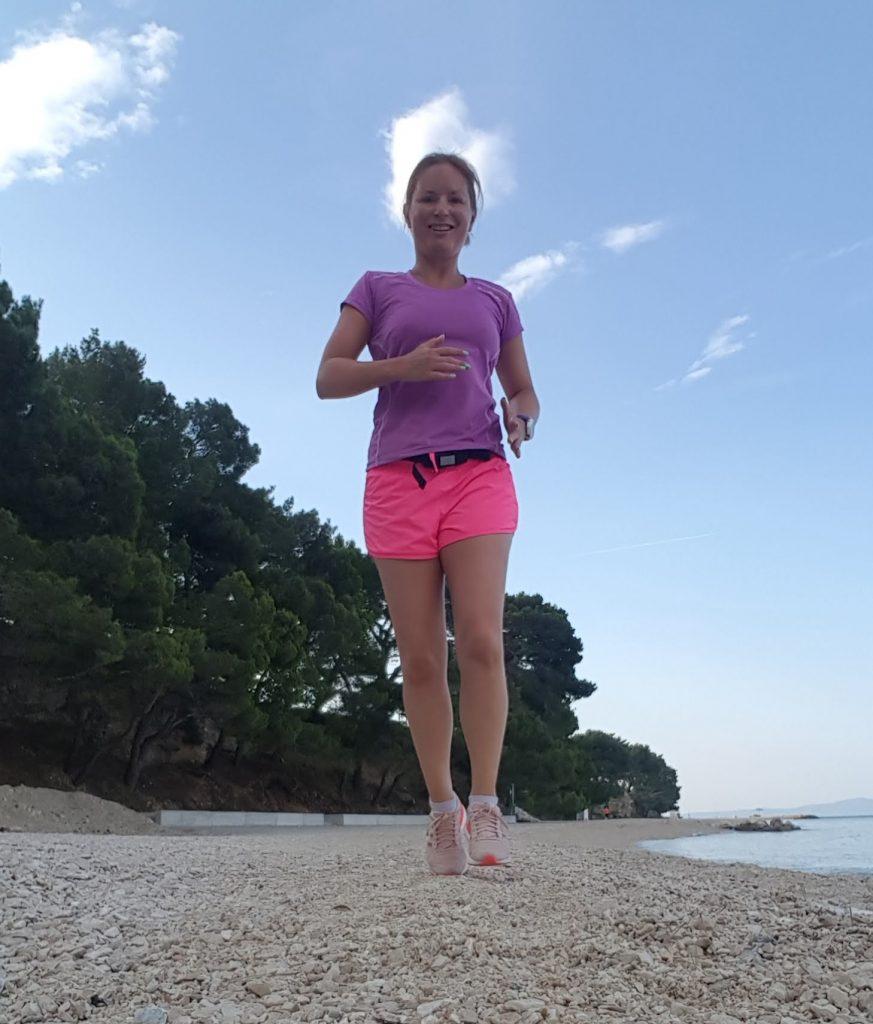 morgonlöpning på stranden