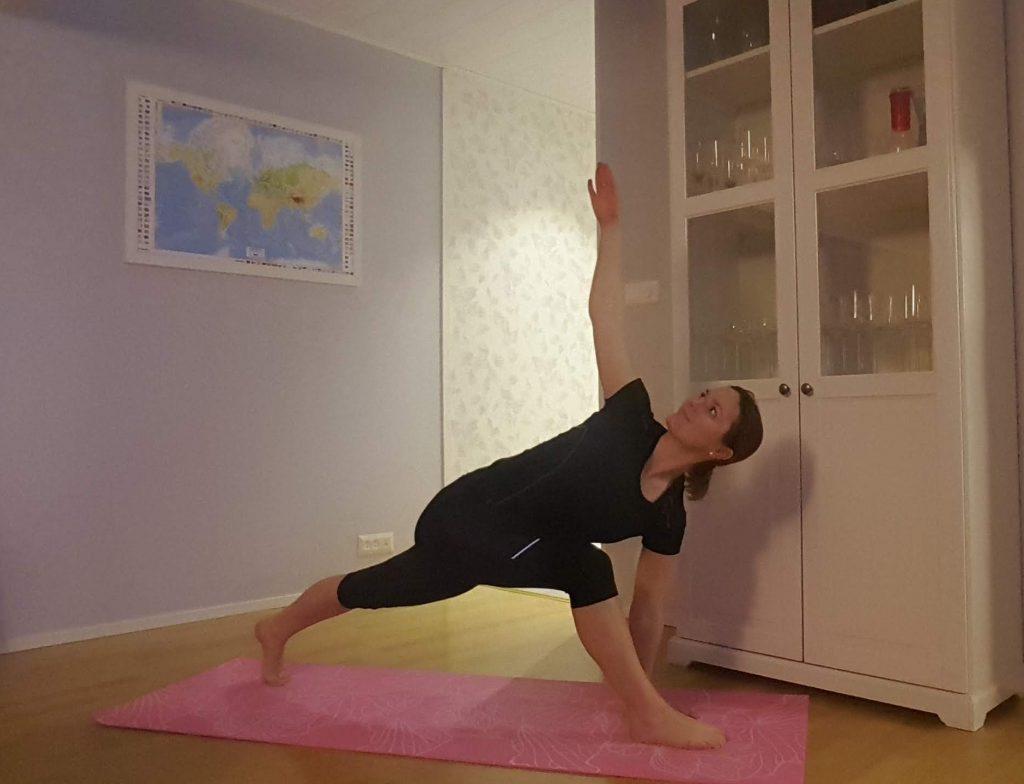 bara lite yoga
