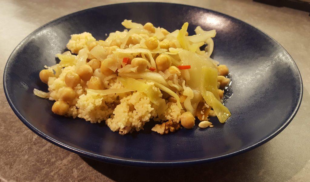 currygryta med kål